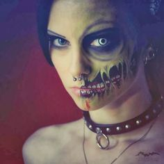 25 AMAZING FACE PAINTINGS   Life Styles Life