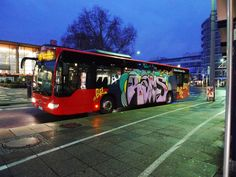 Bus'in it.
