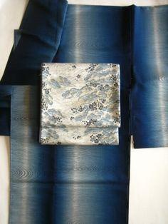 Indigo dyed kimono on kimono-bito.com