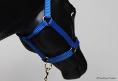 "Desktop Stables - ""Nylon"" halter with rolled throatlatch"