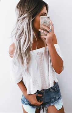 #GrayHairColor #OffShoulderOutfits || Silver-Hair-Colour-Ideas-to-Go-Gray || Gray Hair Color Ideas || Gray Hair Color Looks ||