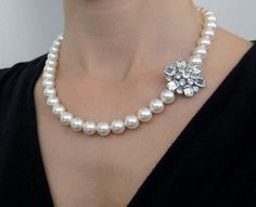 GEMMA vintage rhinestone brooch necklace - Ladies don't rocks the Jackie-O style anymore, but they should