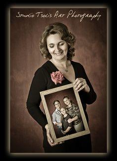 #portraiture #family #studiotsolis #tsoli #maria www.studiotsolis.com