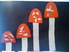 * Van groot naar klein! Je zou er nog kabouters bij kunnen laten maken van klein naar groot! Autumn Crafts, Fall Crafts For Kids, Spring Crafts, Art For Kids, Kobold, Kids Daycare, Printable Crafts, Kids Store, Forest Animals