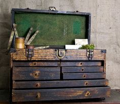 Vintage Wooden Tool Box // Industrial Tool Box by ThePriory Old Tool Boxes, Wood Tool Box, Wooden Tool Boxes, Antique Tools, Old Tools, Machinist Tool Box, Living Vintage, Vintage Storage, Vintage Drawers