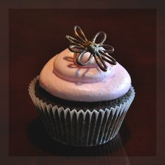 Chocolate flower cupcake #chocolate #flower #cupcake