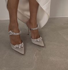 Fancy Shoes, Cute Shoes, Me Too Shoes, High Heels, Shoes Heels, Pumps, Stiletto Heels, Manolo Blahnik, Dream Shoes