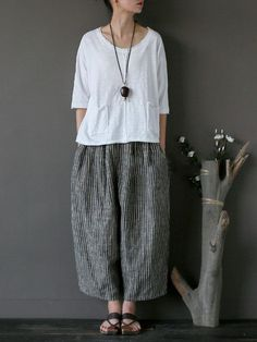 Best 11 White Summer Lovely Sweet Casual Loose T-Shirt Women Tops – FantasyLinen – SkillOfKing. Wide Trousers, Wide Leg Linen Pants, Cool Outfits, Casual Outfits, Fashion Outfits, Womens Fashion, Smart Casual Wear, Dress Making Patterns, Plus Size Maxi Dresses