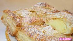 Ciastko z budyniem, przygotowane z gotowego płatu ciasta francuskiego. Koszt 3 dużych, bądź 6 mniejszych ciastek to koszt około 6zł, także warto.