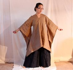 custom 3 pleats linen swallow tunic made to FIT with 24 eco linen colors by annyschooclothing