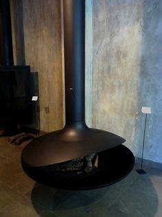 Intervención de interiorismo en Showroom de chimeneas marca Focus  creando una…