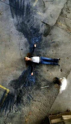 lemme tell you right now, this is not street art. this is from the show supernatural. and that Angel was murdered. hows that information.