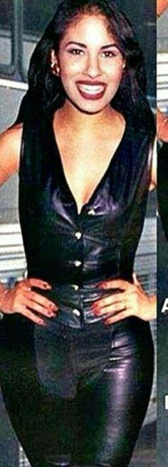 Selena..... La mas bella!