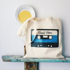 Ideas for canvas art quotes diy awesome Drawing Bag, Canvas Art Quotes, Diy Tote Bag, Cassette, Reusable Shopping Bags, Cotton Bag, Canvas Tote Bags, Painted Canvas Bags, Screen Printing
