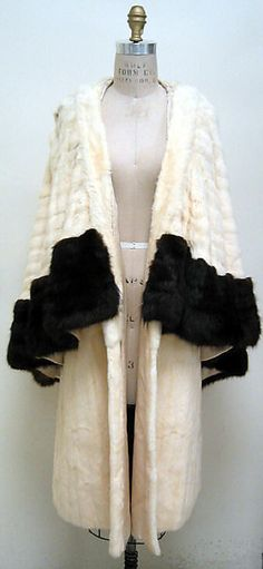 Evening wrap Date: mid-1920s