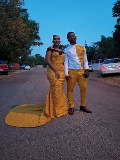 Tswana Traditional Fashion Attire for Wedding Party 2019 African Traditional Wedding Dress, Traditional Dresses, Couples African Outfits, Champagne Dress, African Dresses For Women, Traditional Fashion, Wedding Attire, African Fashion, Lace Dress