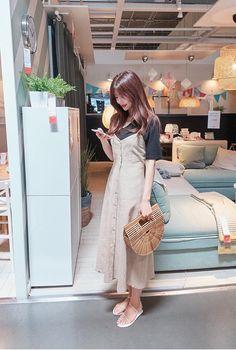 Fall Fashion Outfits, Modest Fashion, Look Fashion, Fashion Dresses, Fashion Pants, Korean Girl Fashion, Korean Fashion Trends, Asian Fashion, Long Skirt Outfits