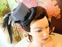 Minizylinder schwarz weiß Streifen Minihat Hut PVC