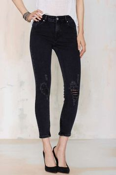 RES Denim Kitty Skinny Crop Jean