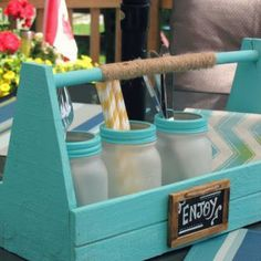 Picnic Caddy {Decor Accessories}