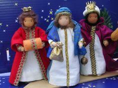 Christmas Nativity Scene, Christmas Ornaments To Make, Christmas Wood, Vintage Christmas, Christmas Decorations, Christmas Blessings, Christmas Traditions, Nativity Characters, Winter Light Festival