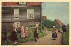 Marken kinderen in klederdracht