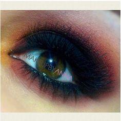 Beautiful warm-toned smokey eyes by makeupbyanna using #Sugarpill Burning Heart palette, Bulletproof and Goldilux eyeshadows!