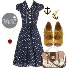 Bring out the polka dots! Don't be afraid to mix patterns by carrying a printed handbag with your look.  #modcloth #ad *love