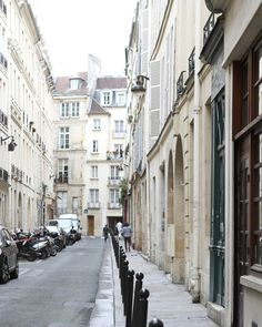The Everygirl Paris Photograph - St. Germain // #giftguide #budgetfriendly