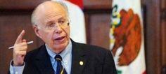 El rector de la Universidad Nacional Autónoma de México (UNAM), José Narro Robles, aseveró que la sucesión en la casa de estudios comenzará oficialmente cuando la Junta de Gobierno (JB) emita la convocatoria y no cuando algunos universitarios hayan expresado públicamente su deseo de contender por el cargo. Hay tiempos y formas. Éstas ya […]