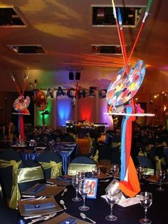 Great art themed Bat Mitzvah centerpiece or Bar Mitzvah centerpiece idea. Bat Mitzvah Centerpieces, Bar Mitzvah Party, Cheap Party Decorations, Pallet Painting, Rainbow Art, Happy B Day, Party Themes, Party Ideas, Theme Ideas
