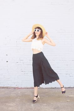 Emilee Anne wearing H&M Crochet Top // H&M Eyelet Culottes // H&M Straw Boater Hat // Swedish Hasbeens Sandals // Celine Sunglasses Spring Outfits, Trendy Outfits, Fashion Outfits, Women's Fashion, Culottes Outfit, Clogs Outfit, Girls Crop Tops, Casual Elegance, Summer Looks