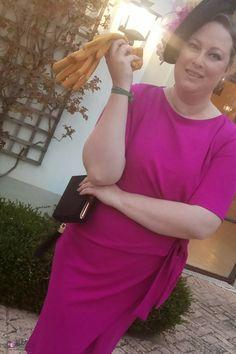 Trendy Curvy Look.VESTIDO CORTO BUGANVILLA  #vestido #buganvilla #tubo #primavera #look #lazo #bbc #boda #wedding #asoscurves #nudos #fashion #moda #outfittallagrande #curvy #plussizecurve #personalshopper #curvygirl #loslooksdemiarmario #bloggermadrid #outfit #plussizeblogger #fashionblogger #influencer #trendy #bloggerXL