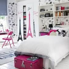 The theme of this room is pink Eiffel Tower. This room is for girls who  like Paris. If you love Paris or something in Paris you must c.