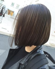 175 Likes, 1 Comments-ENDO shima hair stylist✂️ (endooree) on Ins … – Stylist Medium Short Hair, Short Hair Cuts, Long Dark Hair, Haircut And Color, Relaxed Hair, Face Hair, Hairstyles Haircuts, Bob Haircuts, Hair Dos
