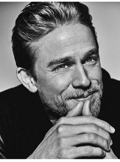I love looking at this man!CharlieHunnam.