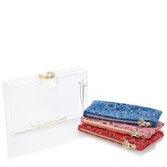Grab the reins in one hand, your Bucking Pandora in the other, and gallop to your evening destination. This signature Charlotte Olympia perspex clutch box features a gold horse shoe clasp and three 'bandana' print inserts for your necessities.