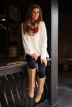 Wave On Sweater, Ivory - The Mint Julep Boutique
