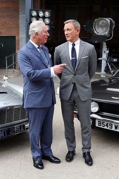 Prince Charles, is believed to be 'considering' the possibility of taking on a role in the new James Bond film. According to a source, he discussed the possibility while visiting the set in June. James Bond Outfits, James Bond Suit, Bond Suits, James Bond Style, New James Bond, James Bond Movies, James Bond Theme, Tony Soprano, Martin Scorsese