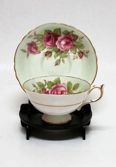 Vintage Paragon Cup u0026 Saucer & Image result for cup saucer and plate display stand | China to die ...