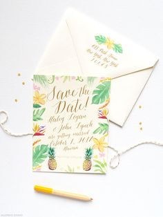 Tropical save the dates with pineapples | www.mospensstudio.com