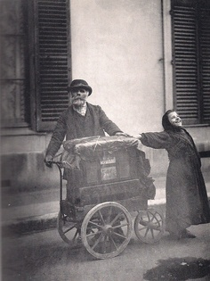 Organ Player and Singing Girl-1898
