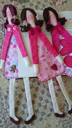 Dolly Bookmarks?!  LOVE!!!!...  marcador de livros menininhas: Entre Lineas