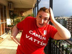 """LIA CELLAMARE Le t-shirt """"Camìn Vattìn"""" sono in vendita presso il negozio Bidonville Store in Via Melo, 224 a Bari - tel. 080/9905699"""