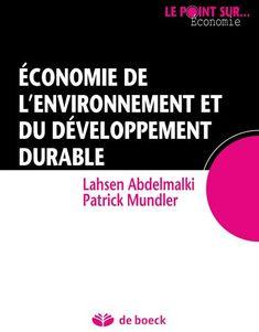 Présentation des principales théories et concepts permettant d'explorer les rapports qui existent entre l'économie et l'environnement. Une vue didactique des effets des activités productives humaines sur le cadre de vie. L'ouvrage traite également des tensions entre la croissance et l'environnement et entre les échanges internationaux et l'environnement, et les stratégies des politiques publiques.