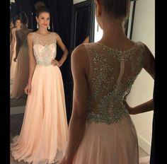Vestido de festa lindo de princesa