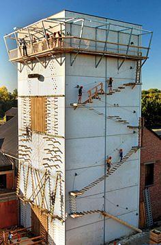 De klimtoren van De Schorre