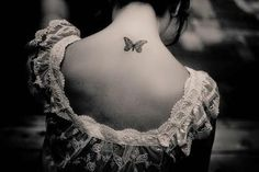 Butterfly on nape, so lovely! Bob Dylan, Top Tattoos, Girl Tattoos, Tattoo Addiction, Butterfly Effect, Be Your Own Kind Of Beautiful, No Time For Me, Tattoo Artists, Tatting