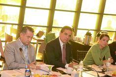 El gobernador de Michoacán se reunió con el comité ciudadano de seguimiento; la titular de la Unidad de Coordinación con Entidades Federativas de la SHCP, expuso los avances en la ...
