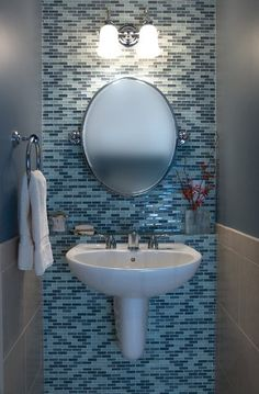 25 Modern Powder Room Design Ideas Powder room is a part from the bathroom and usually it is small place with a suitable vanity and bathroom sink with mirror. You can decorate your powder Rustic Powder Room, Tiny Powder Rooms, Modern Powder Rooms, Half Bath Remodel, Tiny Bath, Powder Room Design, Bath Tiles, Half Baths, Small Bathroom